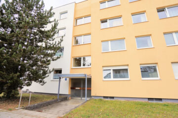 Ruhige und zentral gelegene 3-Zimmer Wohnung mit Balkon – vermietet –, 81827 München, Etagenwohnung